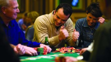 Players winning at a poker table at Rio Las Vegas